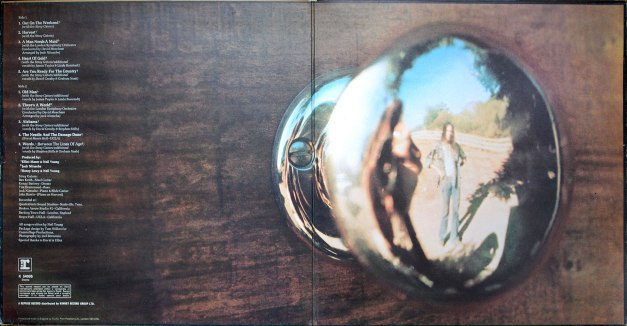 K54005-Neil-Young-Harvest-gatefold